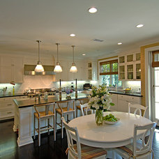 Traditional Kitchen by Structure Home