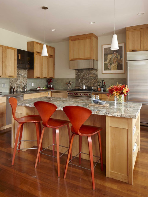 Example Of A Transitional L Shaped Kitchen Design In San Francisco With Stainless Steel Appliances