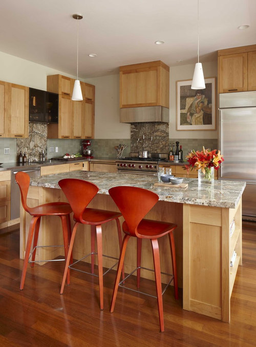 Love the cabinets are they a natural maple or honey stained?