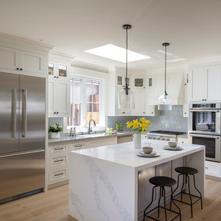 75 Beautiful Small Kitchen Pictures & Ideas | Houzz