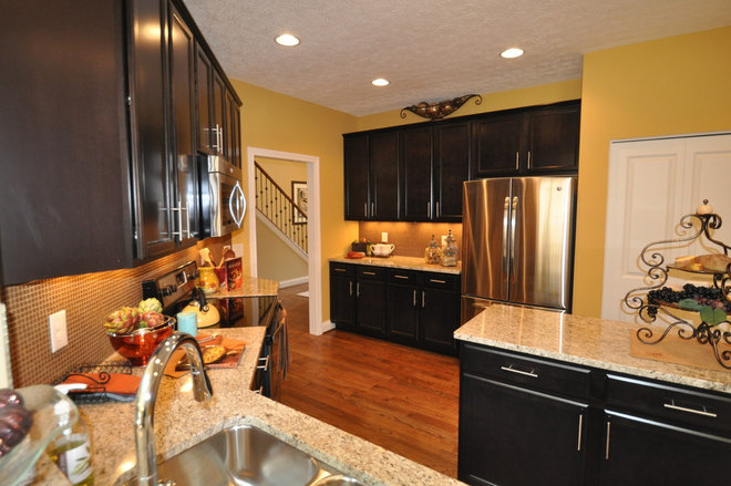 Traditional Kitchen by Ashley Construction / Ashley Remodeling