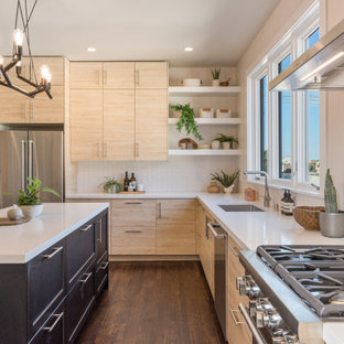 75 Beautiful Kitchen With Light Wood Cabinets Pictures ...