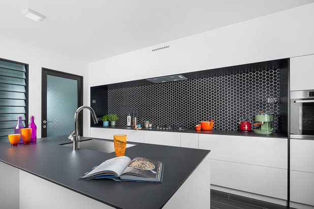 Kitchen by Zee and Marina Photography