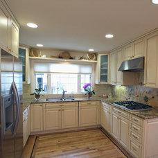 Traditional Kitchen by Carol Gillum, CKD