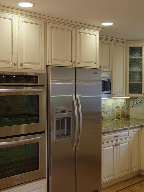 Wall Ovens Next To Refrigerators Houzz