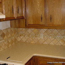 kitchen backsplash noche travertine tile silestone