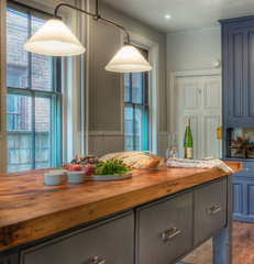 traditional kitchen by Kenny Grono