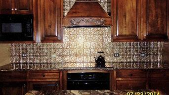 Kitchen backsplash, granite countertops, custom hood and cabinets