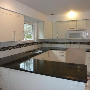 Kitchen designs - Inspiration for a kitchen remodel in Richmond