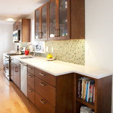 Contemporary Kitchen by MATCH Remodeling, Inc.