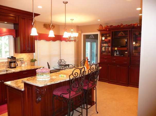 Traditional Kitchen by G&K Remodeling