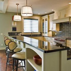 contemporary kitchen by Begrand Fast Design Inc.