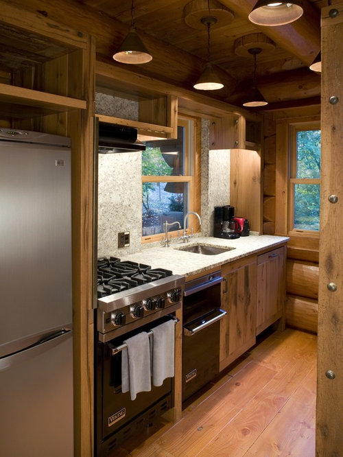 Small log cabin kitchens houzz for Small cabin kitchen designs