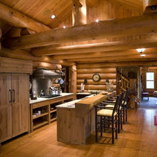 Traditional Kitchen by Bill Michels Architect