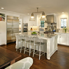 Traditional Kitchen by CB Construction Company