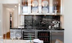 Kitchen/Breakfast Room: Robert Schwartz and Karen Williams for St Charles