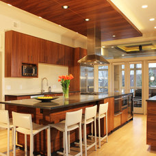 Contemporary Kitchen by Brickhouse Architects PLLC