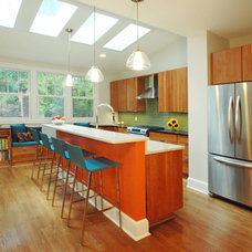 Contemporary Kitchen by Merrick Design and Build Inc.