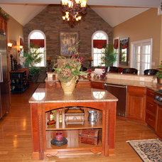 Traditional Kitchen by Napier Signature Homes & Renovations