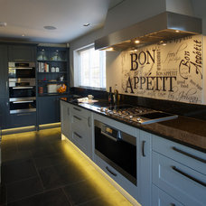 Contemporary Kitchen by Gregory Davies Photography