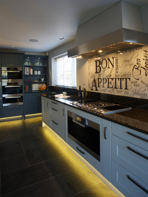 Black kitchen countertops houzz for Kitchen designs houzz
