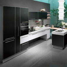 Modern Kitchen by oppein