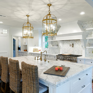 Traditional kitchen ideas - Kitchen - traditional kitchen idea in Cincinnati