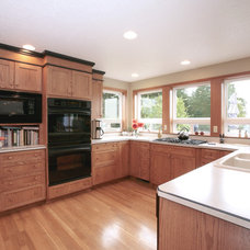 Traditional Kitchen by Double J Construction Inc