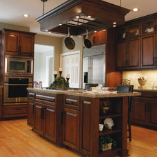 Traditional Kitchen by GS Kitchen Remodel