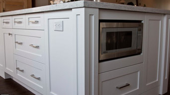Kitchen Cabinets-Painted Shaker Style
