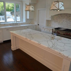 Kitchen by PIETRA FINA, Inc.