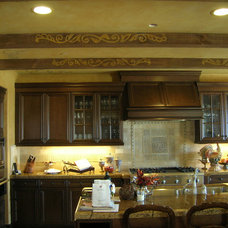 Traditional Kitchen by Fine Art & Portraits by Laurel