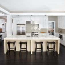 Modern Kitchen by DiGiacomo Homes & Renovation