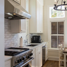 Traditional Kitchen by CFH Design Studio