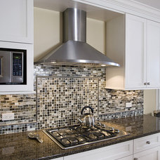 Contemporary Kitchen by Great Rooms Designers & Builders