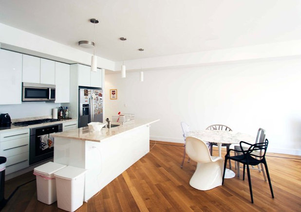 Modern Kitchen by Chris A Dorsey Photography