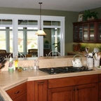 Cannes Dr Traditional Kitchen Los Angeles By Burke