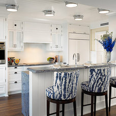 Beach Style Kitchen by Cindy Ray Interiors, Inc.