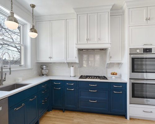 Elegant L Shaped Light Wood Floor Kitchen Photo In Chicago With An Undermount Sink