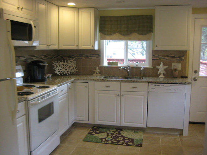 Kitchen Cabinets Lowes. Kitchen With White Cabinets. Kitchen ...