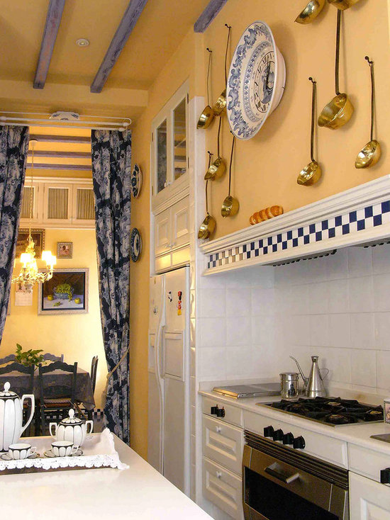 French Country Blue And Yellow Decor