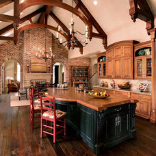 Traditional Kitchen by Kitchen Collaboration, LLC