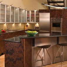 Modern Kitchen by Roger Turk/Northlight Photography