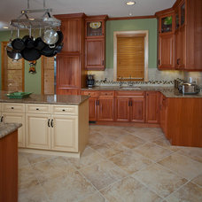 Kitchen by Colorful Concepts Interior Design