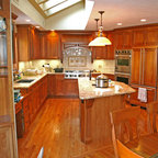 1v Java Maple Shaker Cabinets In Days Contemporary