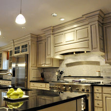 Traditional Kitchen by Concept Building & Restoration