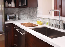 Where can I find the kitchen counters? What type and size are they?