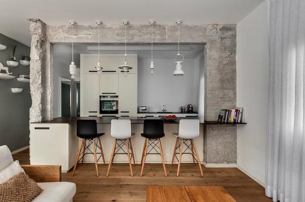 Contemporary Kitchen by V Studio Architects