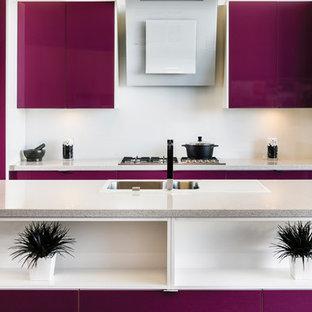 パースのコンテンポラリースタイルのおしゃれなキッチンの写真