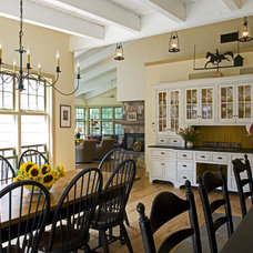 Traditional Kitchen by Current Works Construction Inc.